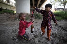(تصاویر) بازی کودکان در دهلی هند