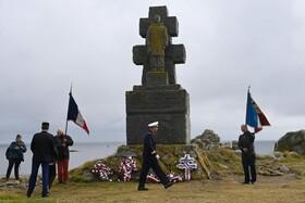 (تصاویر) مراسم یادبود شارل دوگل رئیس جمهوری فقید فرانسه  در سالگرد سخنرانی وی در جنگ جهانی دوم