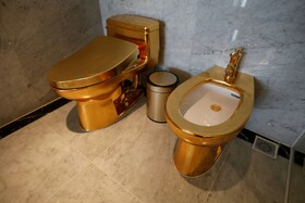 (تصاویر) توالت های طلایی در هتلی در هانوی ویتنام
