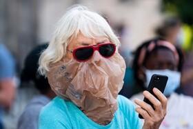 (تصاویر) ماسک عجیب در تظاهرات ضد نژاد پرستی در آمریکا