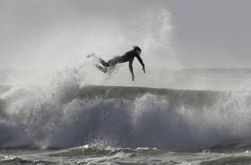 (تصاویر) موج سواری در زلاندنو