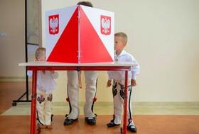 (تصاویر)عکسی از انتخابات ریاست جمهوری در لهستان