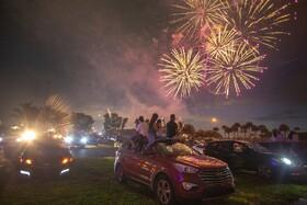 (تصاویر)تماشای آتش بازی روز استقلال آمریکا