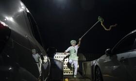 (تصاویر) نمایش سیرک در ریودوژانیرو برای سرنشینان خودرو در برزیل