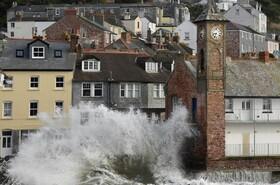 توفان در سواحل انگلیس