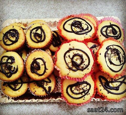 طرز تهیه کاپ کیک گیلاس | مواد لازم برای تهیه کاپ کیک گیلاس | طرز تهیه کاپ کیک با زرده تخم مرغ